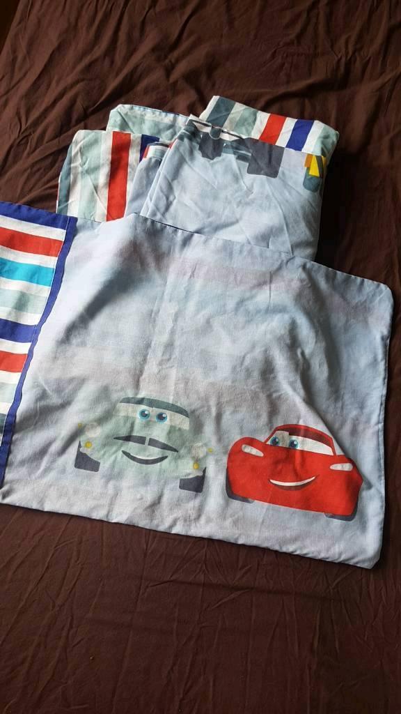 CARS reversible duvet set for toddler or junior bed