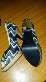 Shoe size 4 ( 37 )