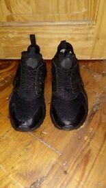 Nike Huaraches size 8.5