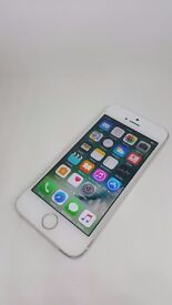 Apple iPhone 5s Silver 16GB O2/Giffgaff, Good Condition, Box, & Charger, New Apple Headphones