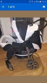 Black and white baby sportive pushchair