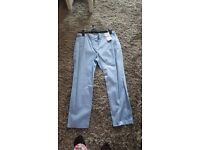 New Ladies crop trousers size 14