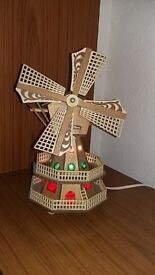 Novelty Musical Windmill Lamp