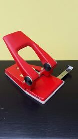 Retro 1970s/80s vintage Myers Hole Punch No 68
