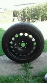 A2 wheel and tyre