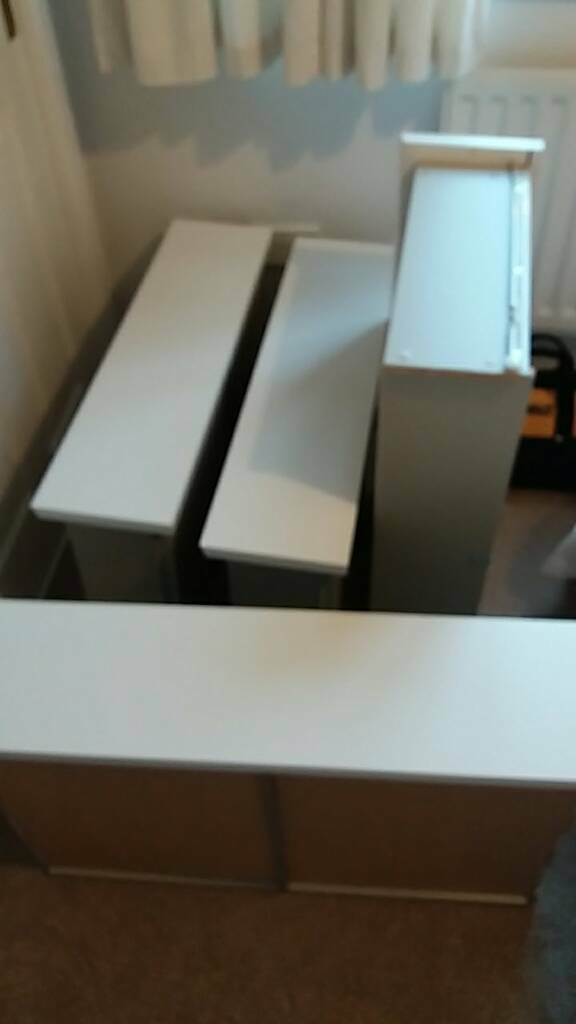 4 x Ikea Malm Drawers - no chest