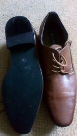 Mens size 9 brown Butler &Webb shoes
