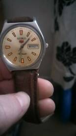 Mens Seiko watch