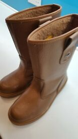 Rigger Boots - Work Boots - Steel toecaps - Size 10 - Brand new! Bought wrong size.