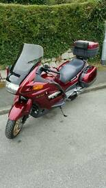 Superb Honda st1100 Pan European