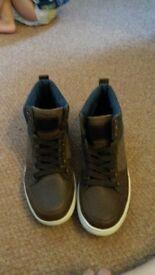 Burton menswear london size 7 shoes