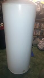 Unvented hot water tank