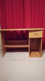 Desk medium size in good condition.£20