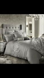 Silver bedding set