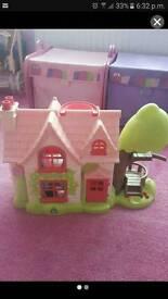 Elc happyland house cottage
