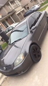 Nissan Altima 2006 grey for sale *obo*