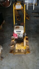Vibrating Compacting Plate. Wacker Plate