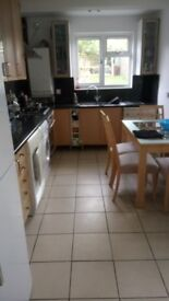Double room very close to aylesbury town centre