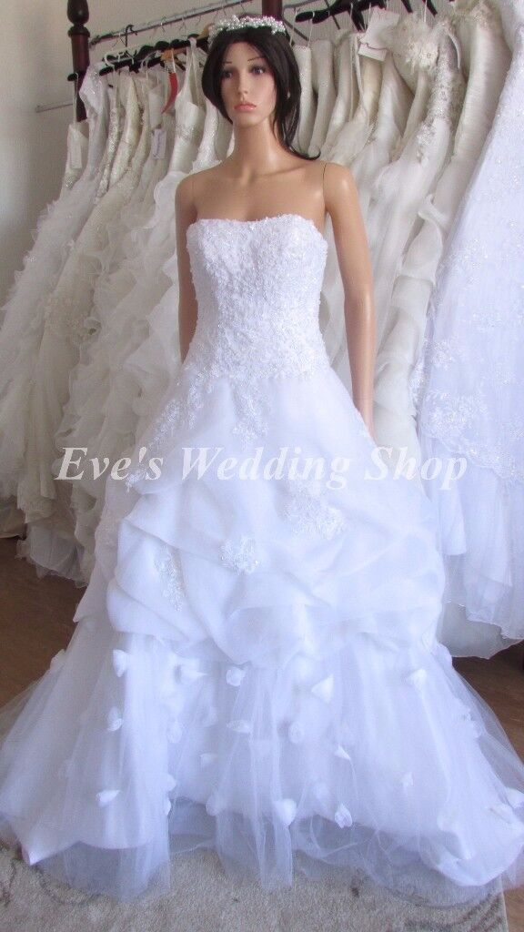 Off White Wedding Dress With Flowers On Bottom 8 In South Elmsall