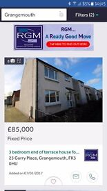 REDUCED PRICE..Lovely end terraced 3 bed house lounge/dining room fitted kitchen move in condition