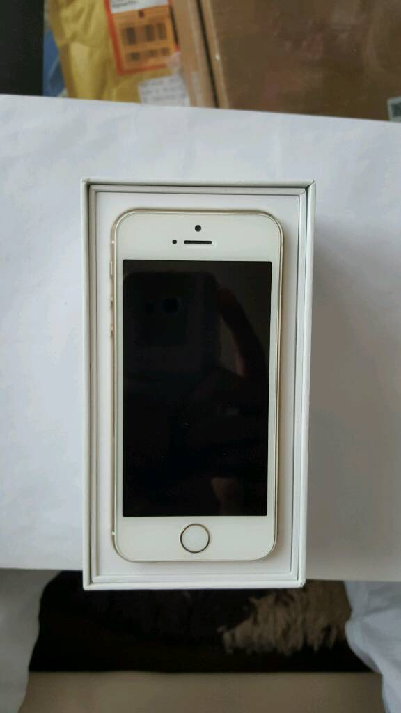 Iphone 5s gold 16gb Unlocked to any network. Excellent conditionin Whitechapel, LondonGumtree - Iphone 5s gold 16gb Unlocked to any network. Excellent condition. All functions work perfectly. Comes with charger. Quick sale. 160