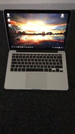 Apple MacBook Pro 13 inch RETINA - 2015 - Core i5 2.7 Ghz 8gb Ram 256 SSD
