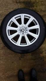 "4 x CHRYSLER 300C 18"" ALLOYS & TYRES"