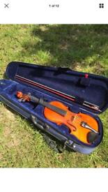 Full Size Andreas Zellor Violin with bow, chin rest and case
