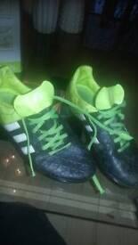Adidas size 5 football boots