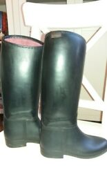 Black Stylo junior riding boots size 12