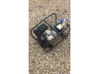 Honda GC190 Stephill SE2400 2.7kva Petrol Generator 240v / 110v with adaptor