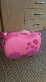 Children suitcase. Never used. Pink pig.