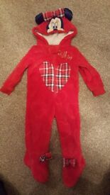 Minnie mouse fleece all in one 6-9 months