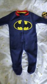 Cosy fleece Batman sleepsuit 3-6