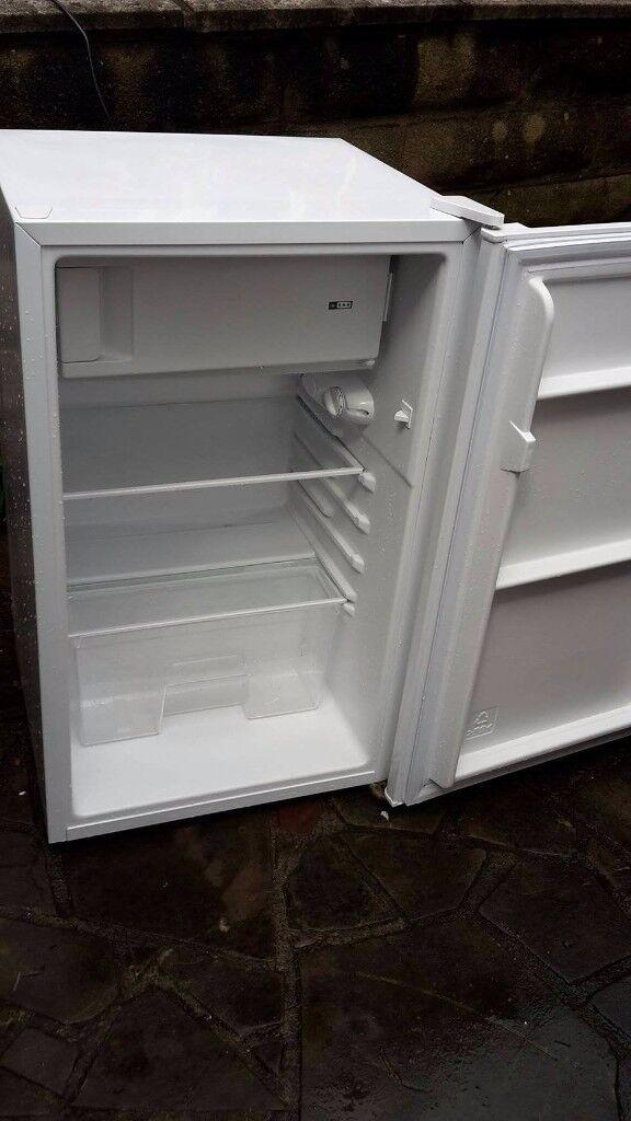 Currys essential under counter fridge freezer excellent condition model CUR50W12 QUICK SALE!!!