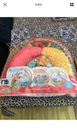 Baby activity playmat & arch
