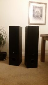 200 Watt Floor Standing High Performance Speakers Barely Used Perfect Condition