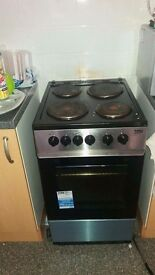 Electric cooker for sale good condition only used once. Looking for new home collection only £50