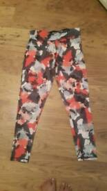 Workout leggins size 14