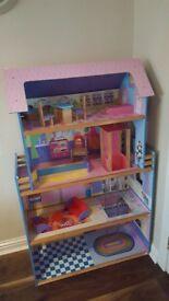 4 level wooden dolls house