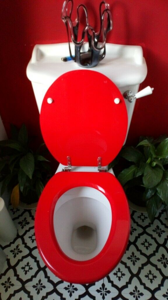 Red Toilet Mirror Plant Pot And Towels In Maryhill Glasgow Gumtree