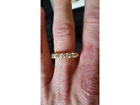 5 diamond stone 3/4kt 18 carrot gold Ring size M - VALUE £2.000 perfect for a festive proposal