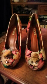 Hand decorated Heels - Tinkerbell