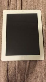 iPad 32 GB in good condition, complete with charger.