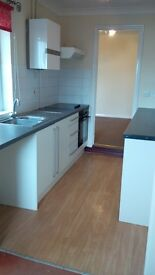 3 Bed Part/Furn £690pcm NO FEES (Private LLord), nr Town Centre, University, College, Waterfront