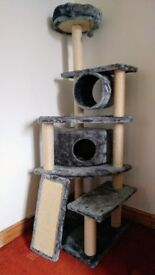 Cat Scratching Post Tower Tree House
