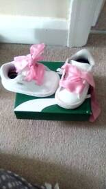 Girls size 3 puma trainers