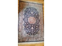 Lovely woolen rug from Pakistan