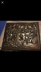 Gorgeous trinket box 📦 as seen in photographs gorgeous detail