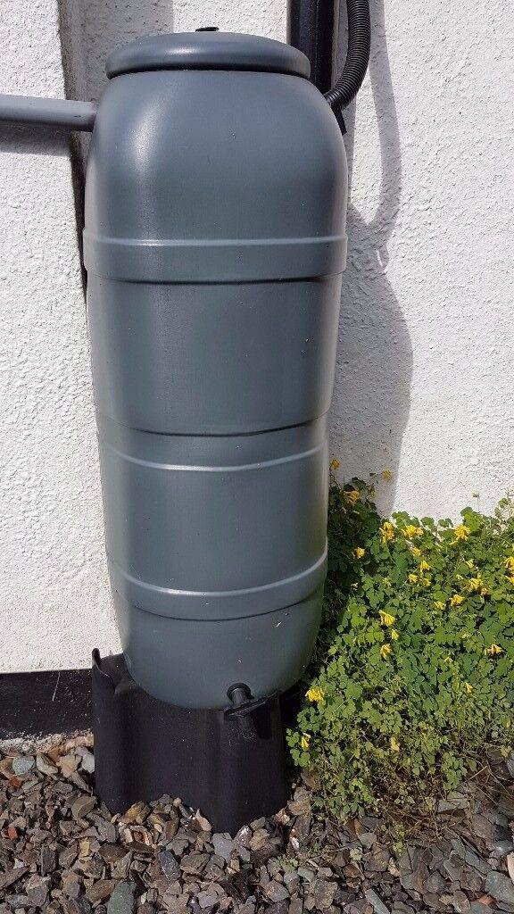 100L Capacity Mini Rainsaver Water Butt & Stand